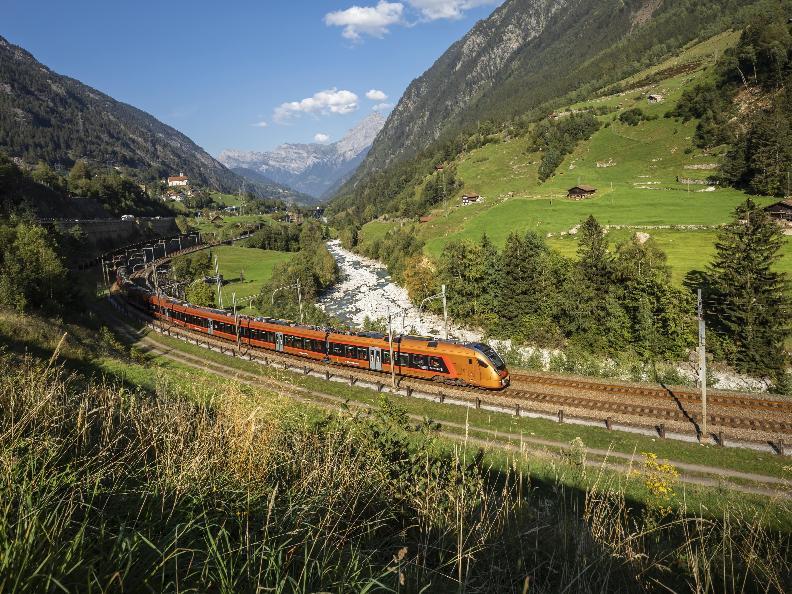 Image 1 - Treno Gottardo - Südostbahn