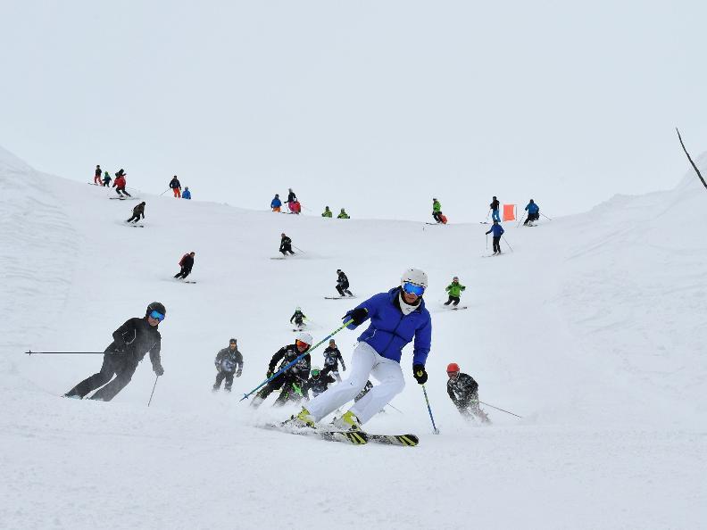 Image 0 - Schneepass