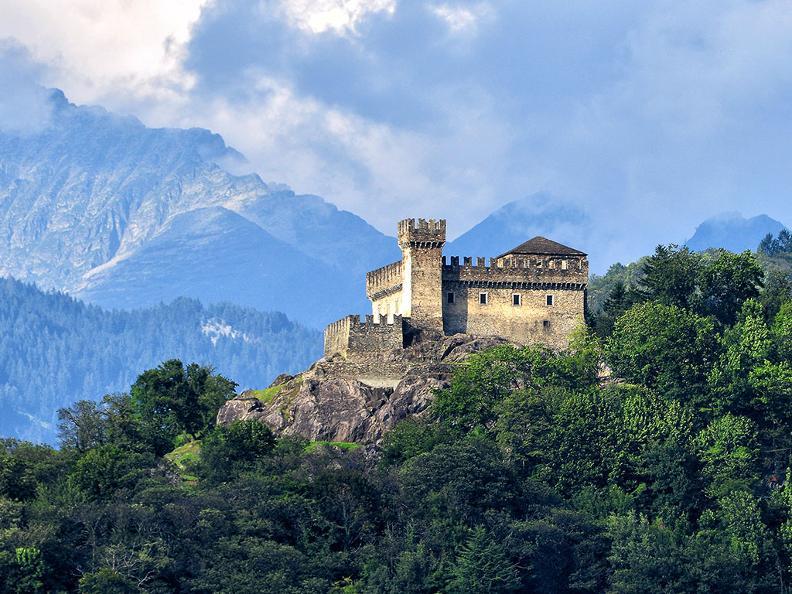 Image 1 - Bellinzona: la città dei Castelli
