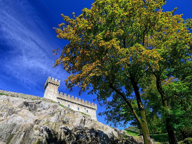 Image 7 - Bellinzona: la città dei Castelli