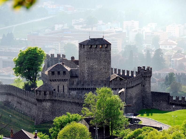 Image 9 - Bellinzona: la città dei Castelli