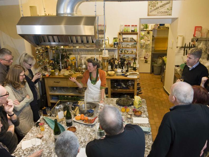 Image 2 - En cuisine avec Meret Bissegger