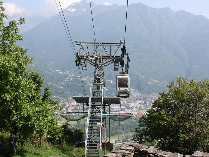 Image 2 - Seilbahn Monte Carasso-Curzútt-Mornera