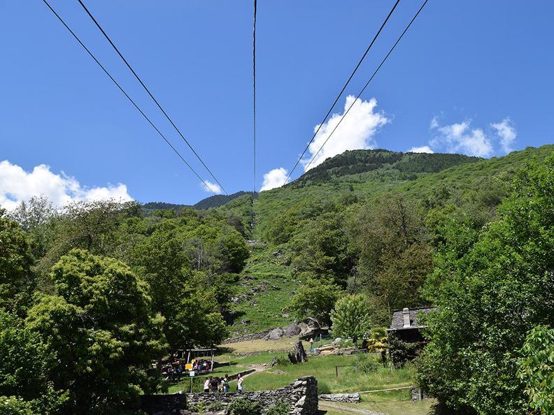 Image 3 - Seilbahn Monte Carasso-Curzútt-Mornera