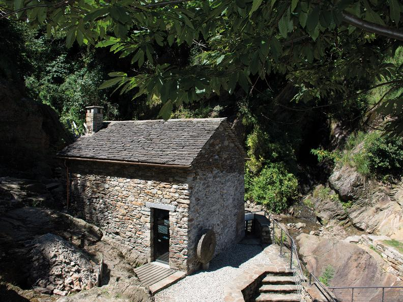 Image 1 - Moulin et broyeur du Precassino