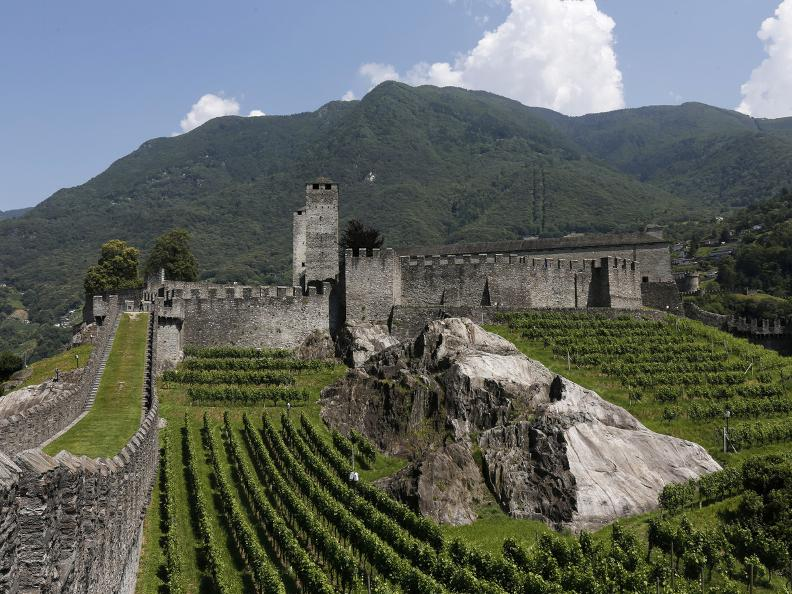 Image 9 - The three Medieval castles of Bellinzona