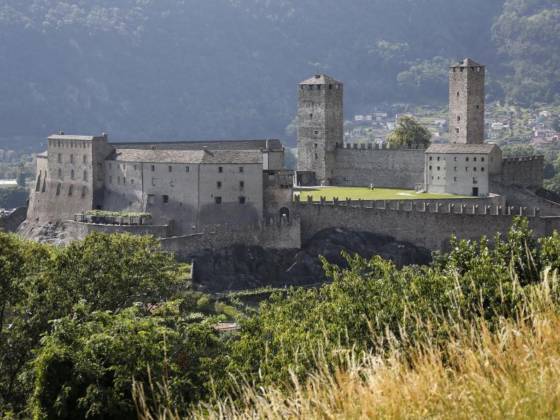 Image 14 - I tre castelli medievali di Bellinzona