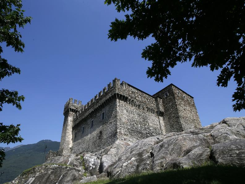 Image 0 - The three Medieval castles of Bellinzona