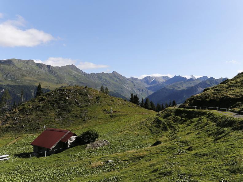 Image 2 - La Strada degli Alpi della Valle Bedretto
