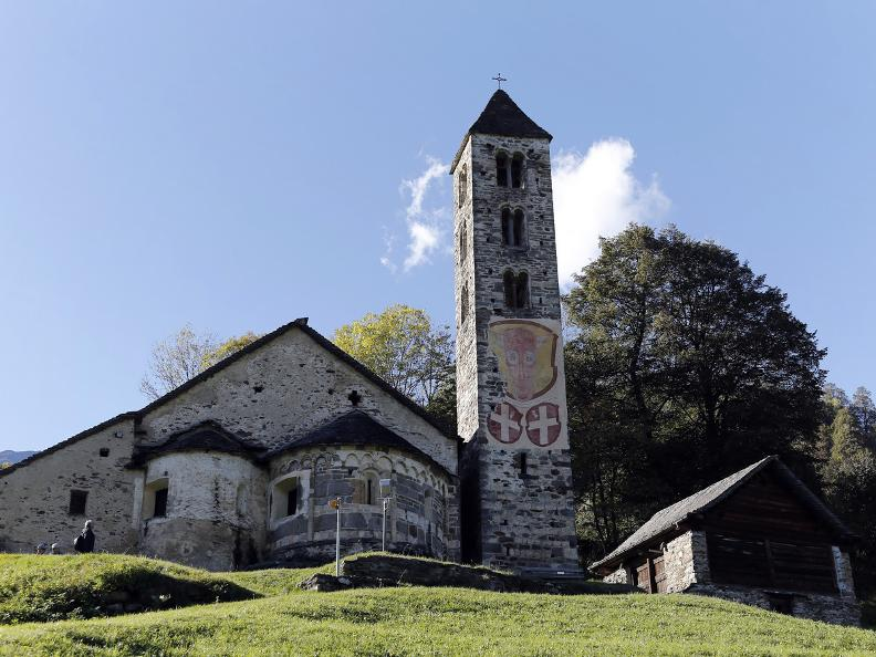 Image 18 - Die romanische Kirche San Carlo in Negrentino