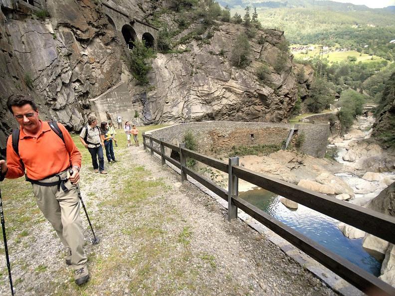 Image 6 - Il Sentiero Gottardo: Dazio Grande - Faido