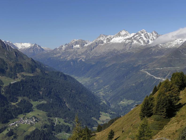 Image 3 - Sentiero dei laghi della Val Piora