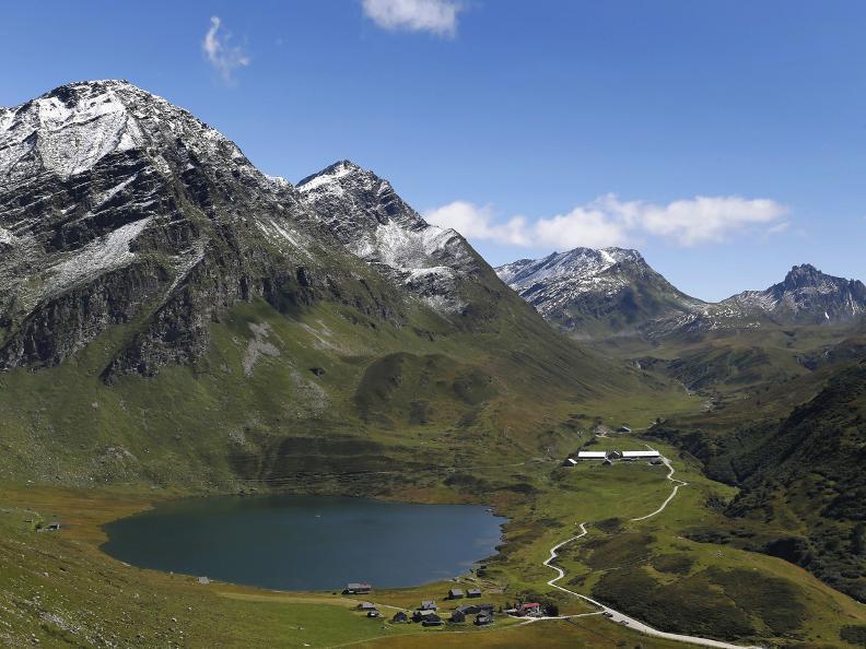 Image 9 - Sentiero dei laghi della Val Piora