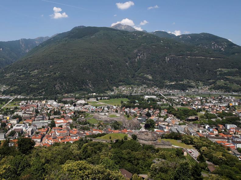 Image 1 - Le colline fortificate di Bellinzona