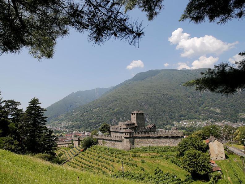Image 5 - Le colline fortificate di Bellinzona
