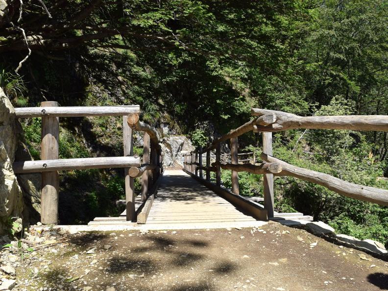 Image 4 - Curzútt e il ponte tibetano Carasc