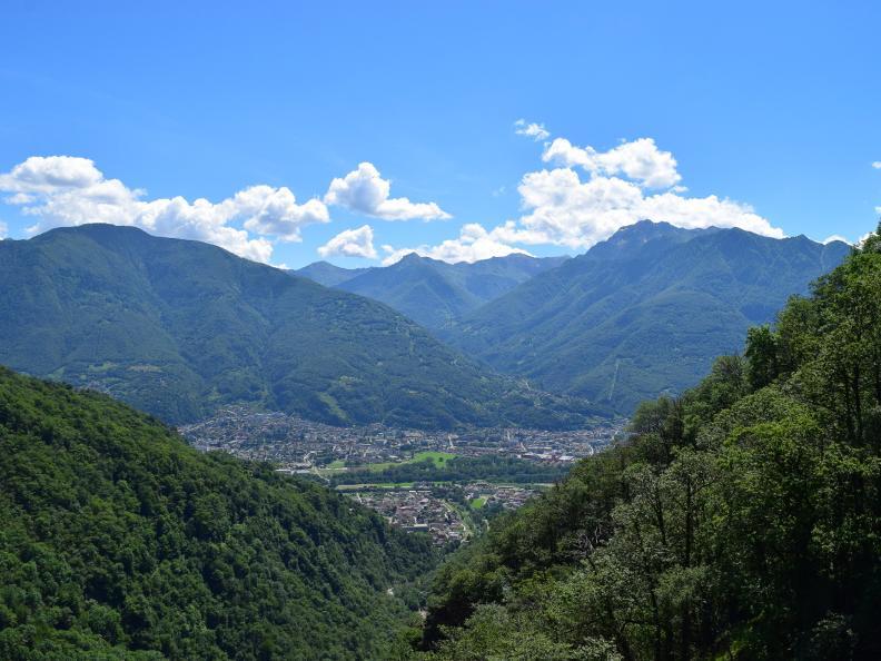 Image 7 - Curzùtt und die Tibetische Brücke Carasc