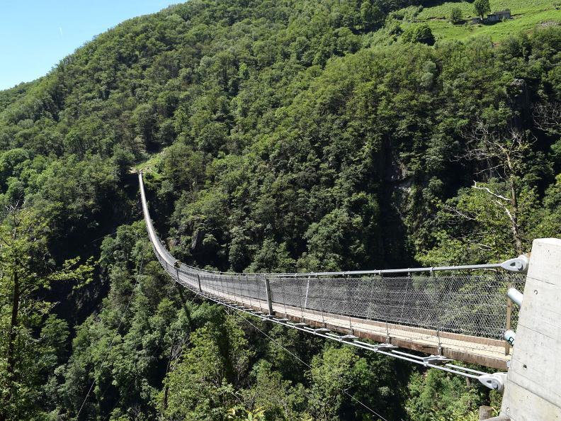 Image 9 - Curzùtt und die Tibetische Brücke Carasc