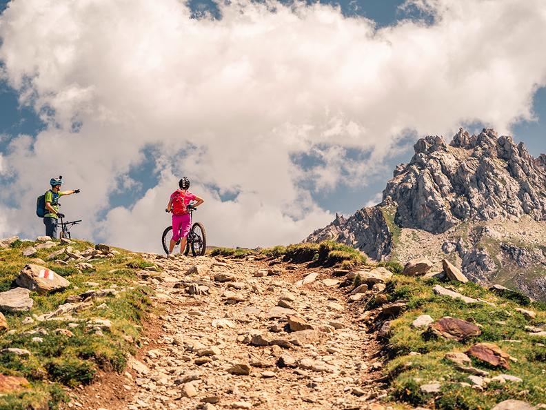 Image 3 - Gottardo Bike