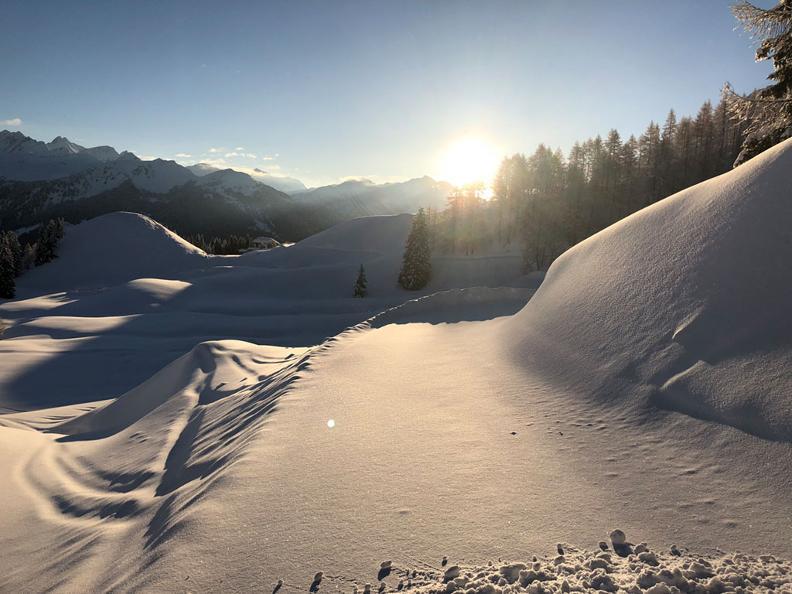 Image 3 - Winterspaziergang - Airolo-Pesciüm