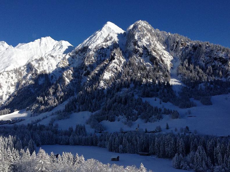 Image 2 - Passeggiata invernale - Campo Blenio