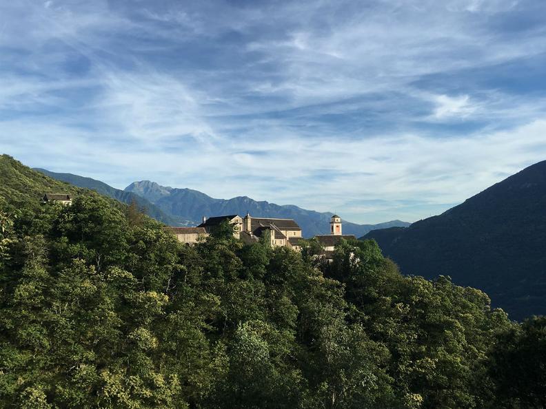Image 0 - Il Monastero di Claro