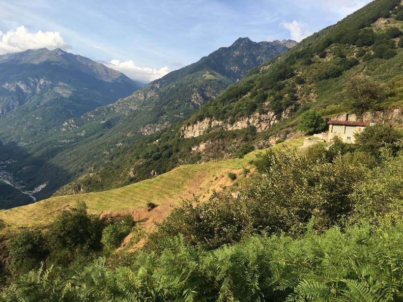 Image 3 - Tour de l'Alpe Cava