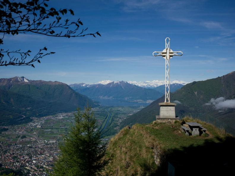Image 0 - Motto della Croce