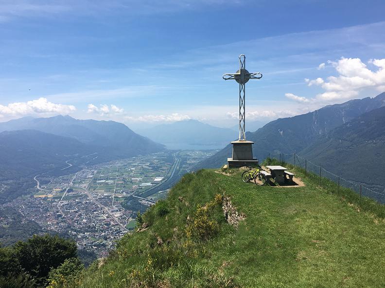 Image 2 - Tour della Valle Morobbia in e-bike