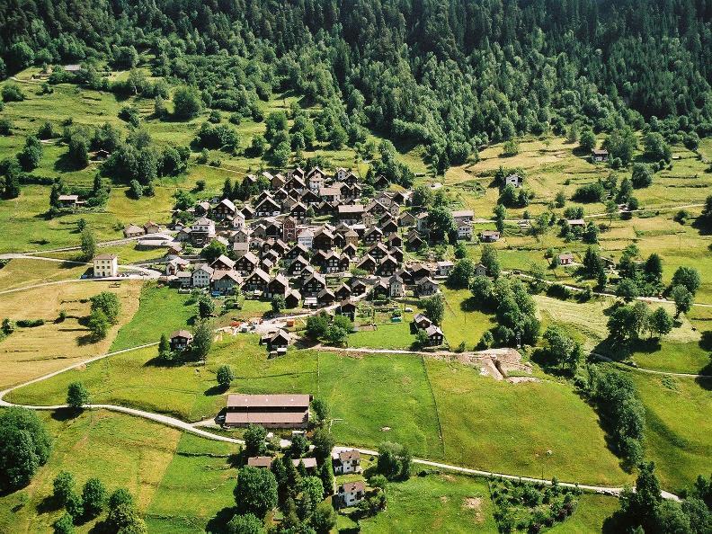 Image 6 - Dalla Leventina alla Valle di Blenio