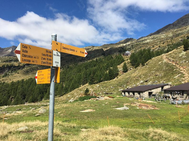 Image 2 - Traversata Capanna Sponda – Capanna Campo Tencia