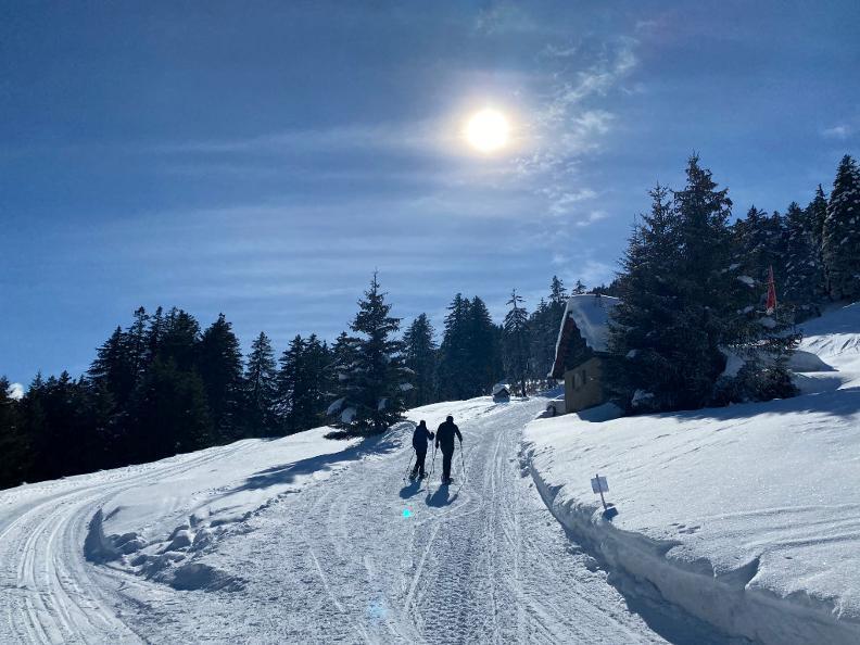 Image 2 - Sentiero invernale Camperio-Gorda