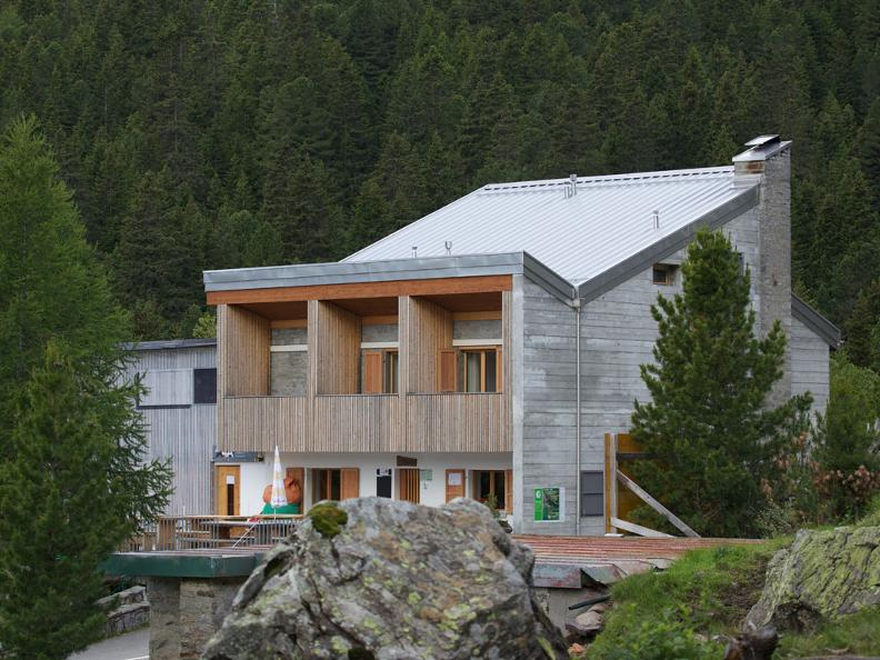 Image 2 - Ristorante - Centro Pro Natura Lucomagno