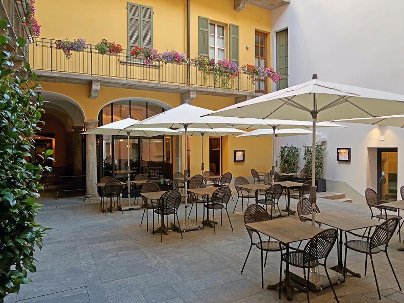 Image 0 - Restaurant La Corte in fiore