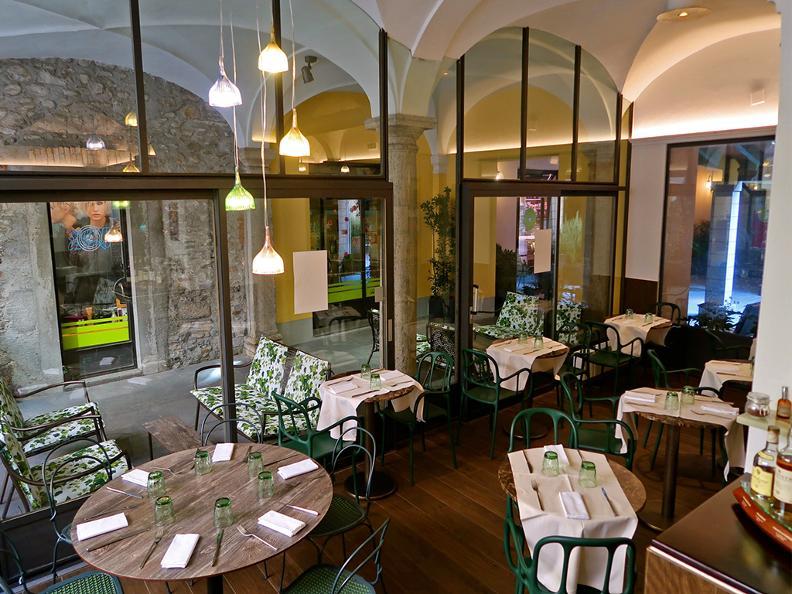 Image 1 - Restaurant La Corte in fiore